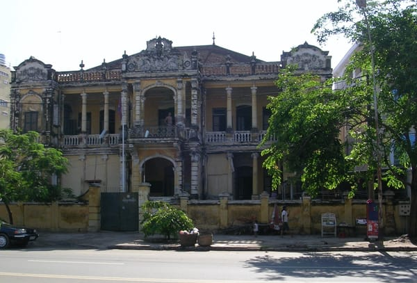 Colonial building-Phnom Penh
