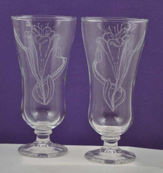 Diana Rossell - original artwork - glass - glass engraving - parfait glasses - Hope Lilies