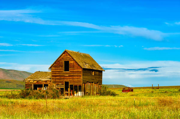 Rustic Abandoned Farmhouse, Yakima County, Washington, 2013