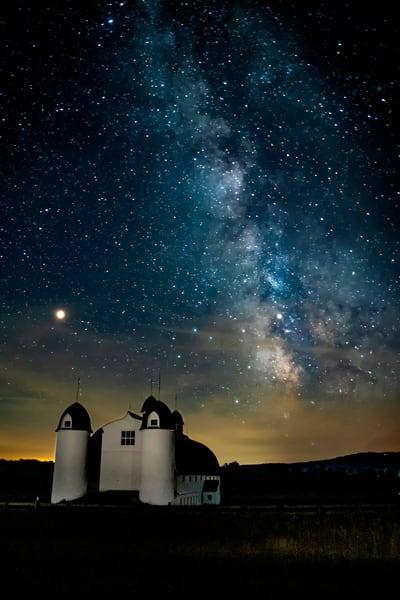 DH Day Galaxy Barn