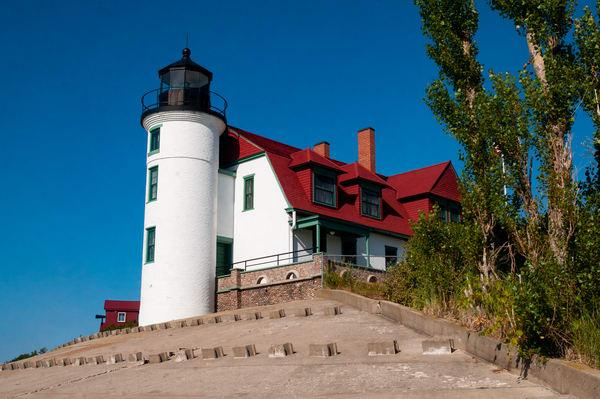 Pointe Betsie Lighthouse daytime