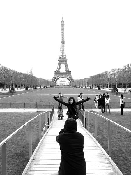 Paris Tourists Art | i Art Collector