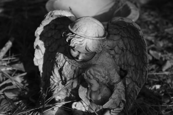 Ashley Caldwell - photography - black and white - angels - Stone Angel