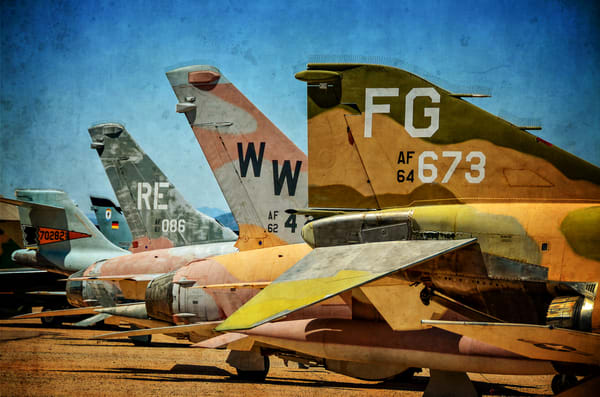 Tails Of War Photography Art   Ken Smith Gallery
