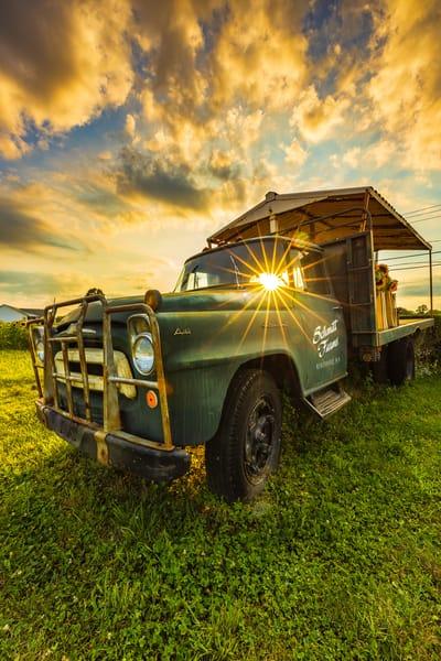 Schmitt's  Truck Sunburst Art | Teaga Photo
