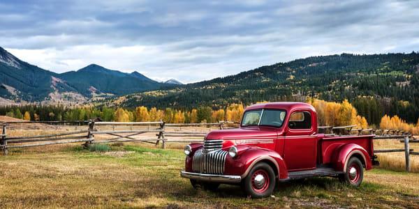 Bid Red Semi Panorama Photography Art | Ken Smith Gallery