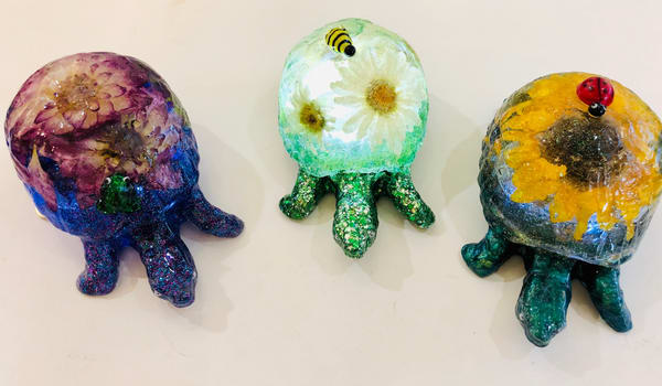 Indoor/Outdoor Resin Turtle Lights Art | Art a la Carte Gallery (Karen Rexrode, Manager)