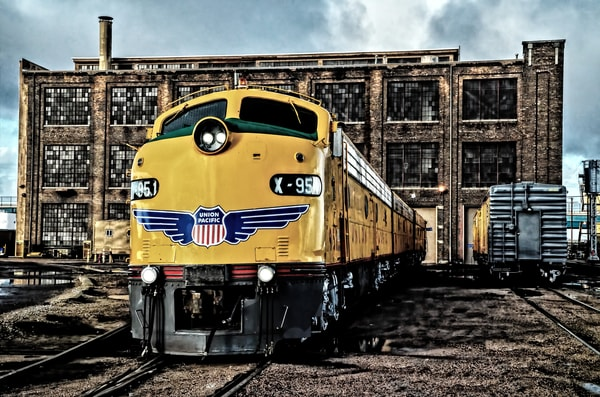 On The Ready Track Photography Art | Ken Smith Gallery