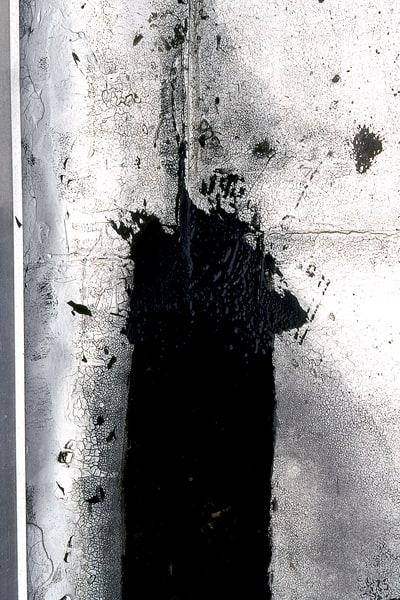 Bronx Tar Abstract Urban Zen Fine Art Print – Sherry Mills