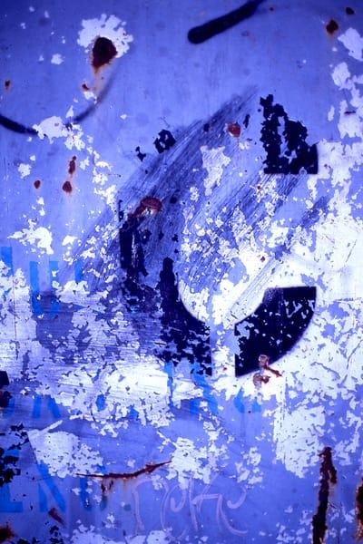 Abstract Blue Close-up Urban Fine Art Print – Sherry Mills