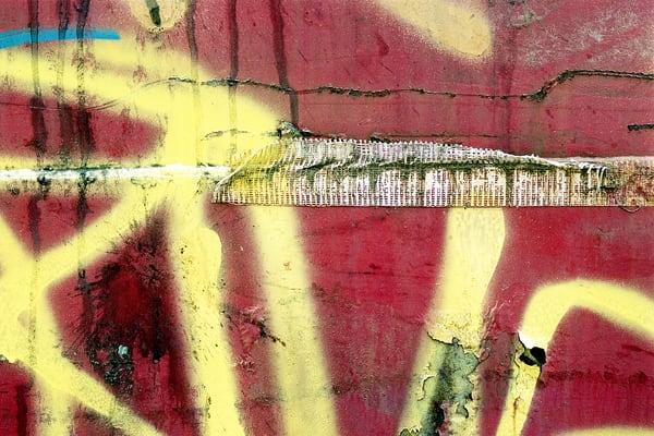 Abstract Yellow Graffiti Dumpster Art NYC – Sherry Mills