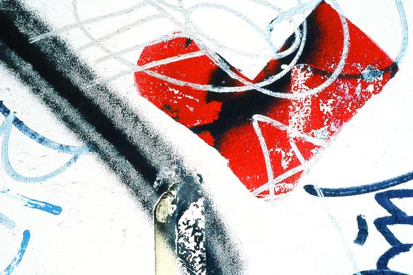 Abstract NYC Red Wall Heart Graffiti Print – Sherry Mills