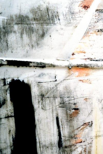 Abstract Black Stripe NYC Closeup Print – Sherry Mills