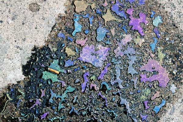 Abstract Colorful Oil Spill Bronx Art Print – Sherry Mills