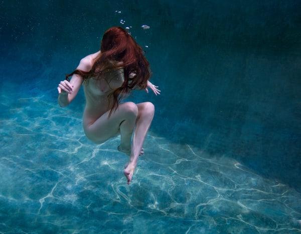 Flirtatious Flotation Photography Art | Dan Katz, Inc.