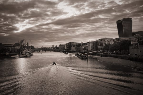Waves On The Thames Art | Martin Geddes Photography
