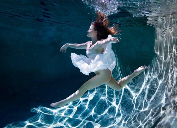 Underwater Grace Photography Art | Dan Katz, Inc.