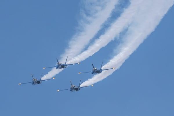 Blue Angels Diamond Formation Head-on