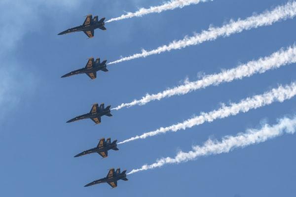 Blue Angels 5 Plane Formation