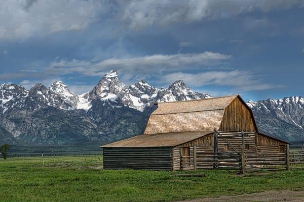 Mormon Row at the Teton Mountains