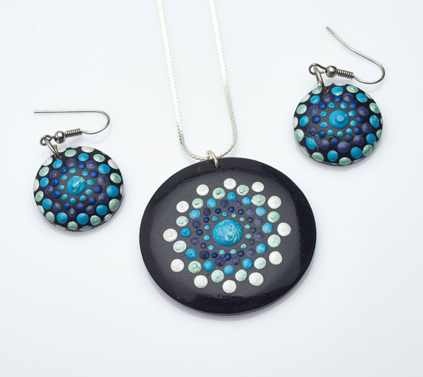 Blue Pendant Earrings Set (C)