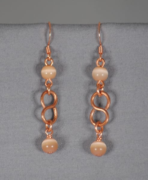 MaryAnn Swinney - handcrafted jewelry - earrings - Copper S Ring Cat Eye Glass Earrings