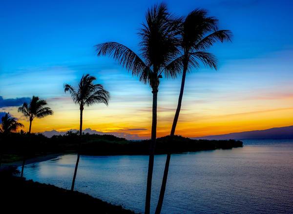 Friendly Island Sunrise   Print   Soaring Whales Photography LLC