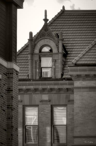 Old Courthouse, Wheaton, Illinois, 2020. Photograph by Thomas Wyckoff.