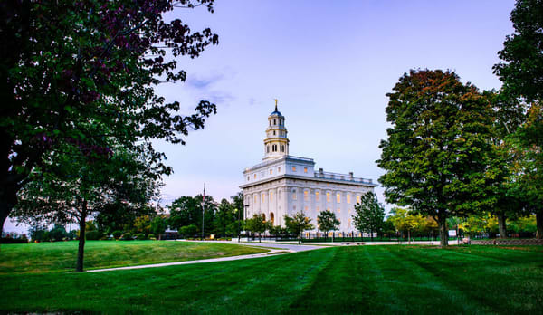 Nauvoo Illinois Temple - Fall Beginning