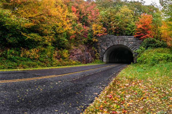 Little Pisgah Ridge Tunnel Art | Red Rock Photography