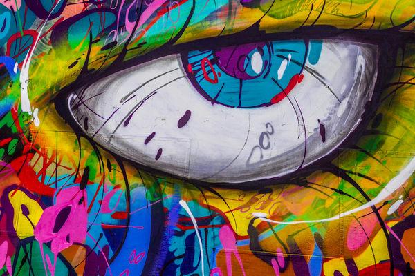 Right Eye Art | Moshe Volcovich