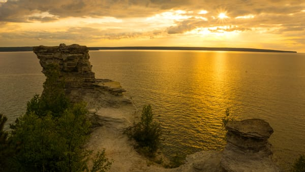 Miner's Castle Sunset, Pictured Rocks