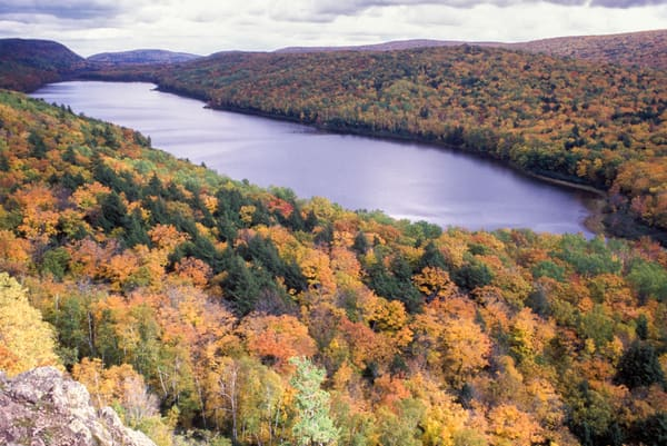 Lake of the Clouds, Porcupine Mountains Wilderness State Park, Ontonagon County, Michigan, autumn.