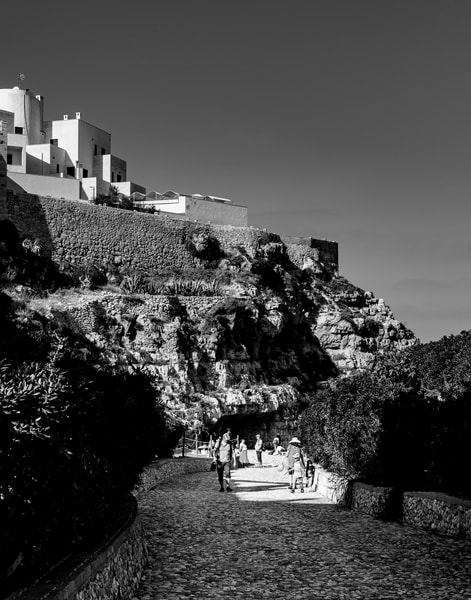 Polignano a Mare - Path & Architecture bw, photo by Jeremy Simonson