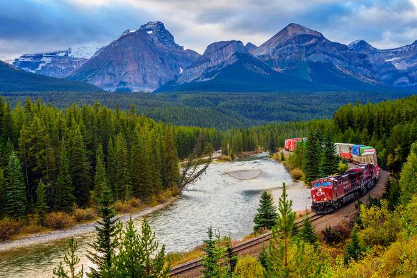 Morant's Curve   Banff National Park, Alberta Photography Art | Byron Fichter Fotography