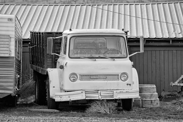 International Harvester Cabover Farm Truck, 2011
