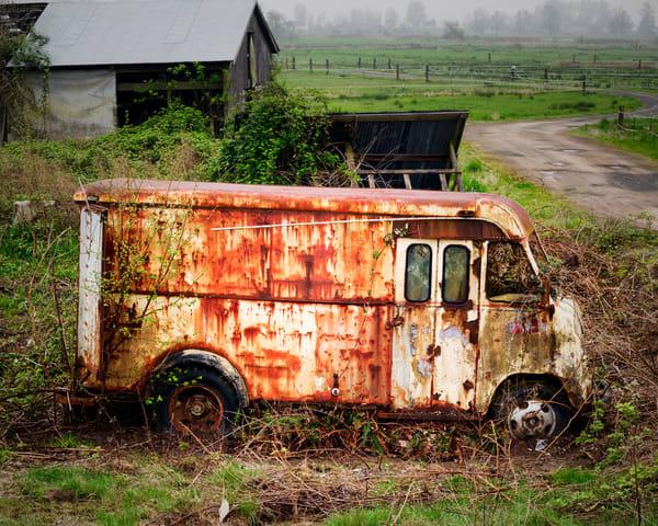 Rusty Ford Step Van, 2014
