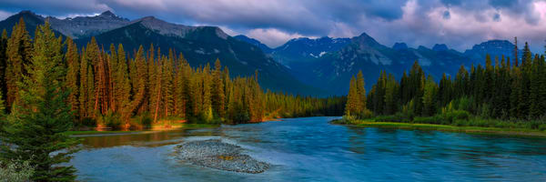 The Bow River in Banff National Park. Canadian Rockies|Rocky Mountains|