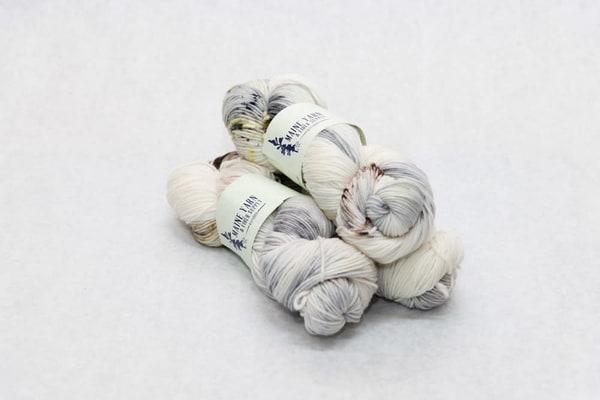 Hand Dyed Maine 100% Marino Wool Yarn   Winter Mist | http://www.mooseprintsgallery.com