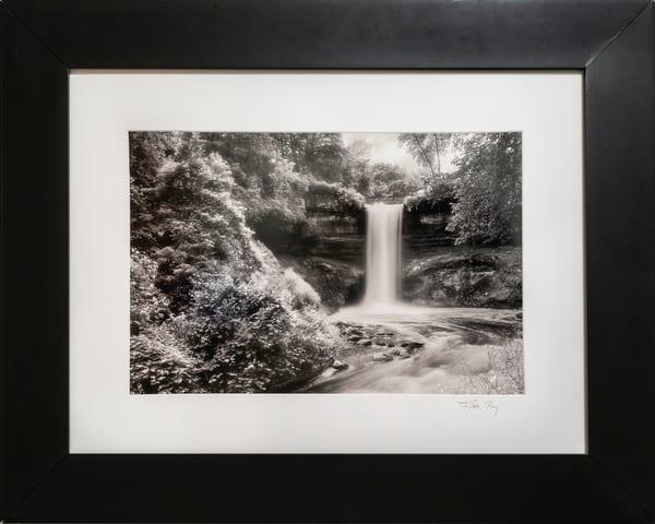 waterfall, Minnehaha, Minneapolis, Mist, black & white,