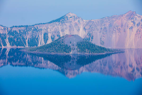 Crater Lake with Mt Mazama collapsed volcano by Amy Hart close up