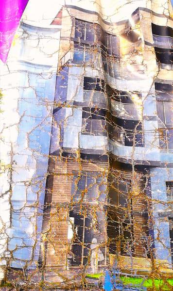 The wrinkled condominium