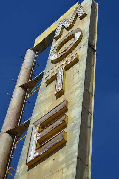Henning Motel Sign Newberry Springs Ca  Route 66 Photography Art | California to Chicago