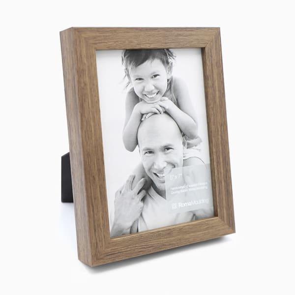 5x7 Flat Light Walnut Photo Frame