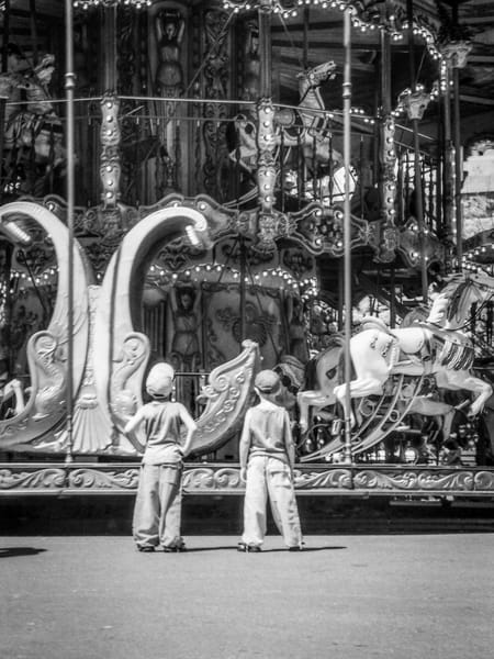 Anticipation Paris Photography Art | The World in Black and White