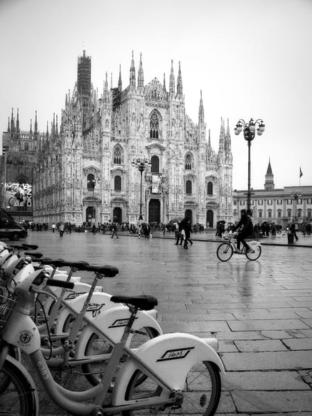 Duomo Milan 1 Photography Art | The World in Black and White