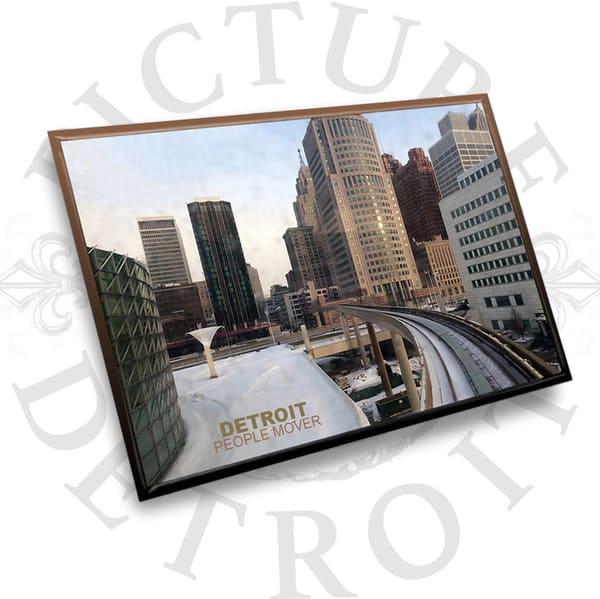 Detroit People Mover Crowne Plaza | Picture Detroit