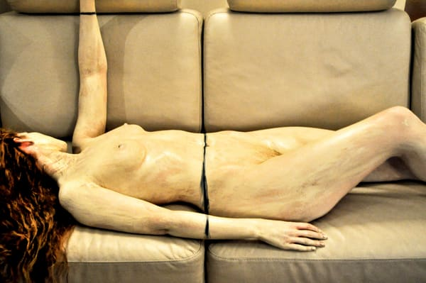 2010 Couch United Kingdom Art | BODYPAINTOGRAPHY