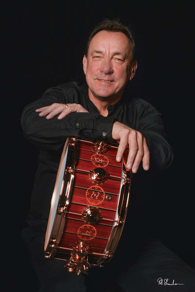 Neil Peart, RUSH drummer with his Time Machine DW Drums Icon snare drum
