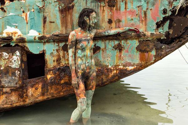 2017  Shipwreck  Bahamas Art | BODYPAINTOGRAPHY